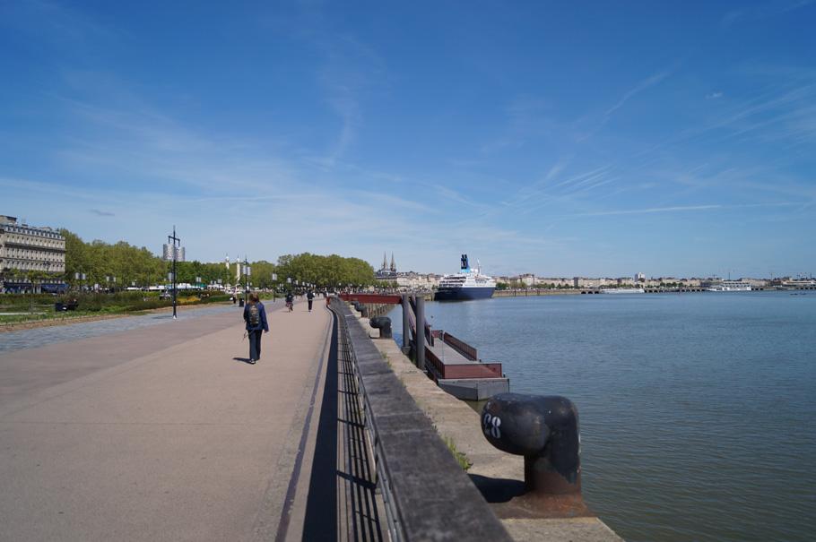 city guide bordeaux ballade sur les quais