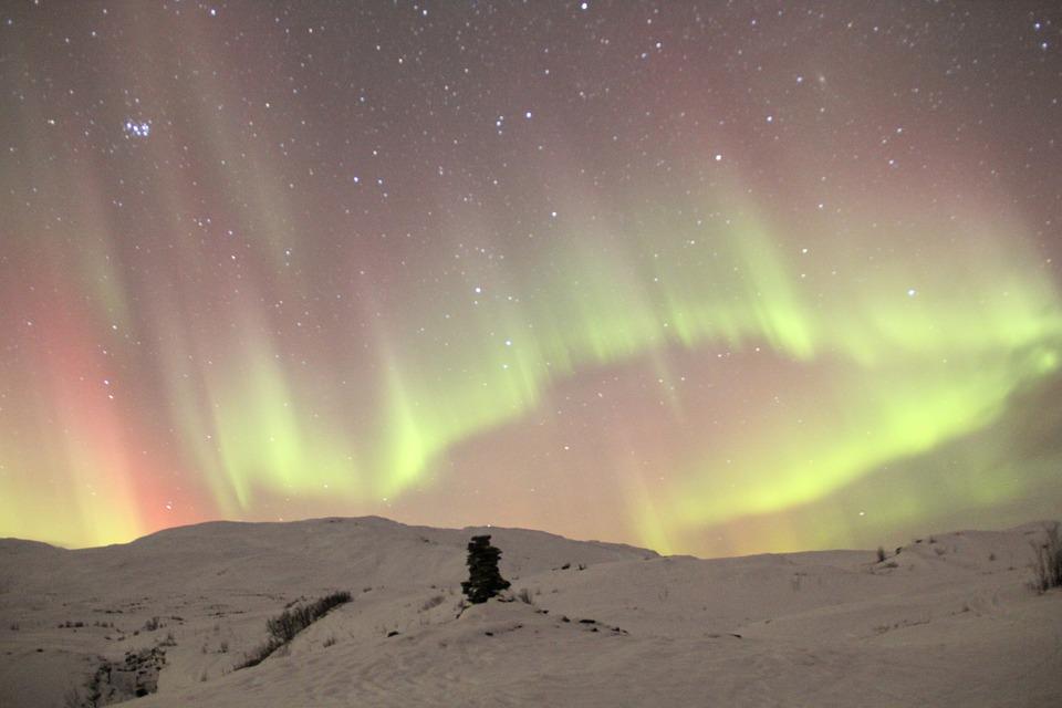 voyages à faire pays nordique aurores boreales