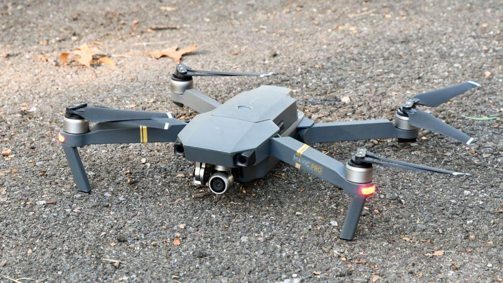 idées de cadeaux geek pour Noël geeketc blog drone dji