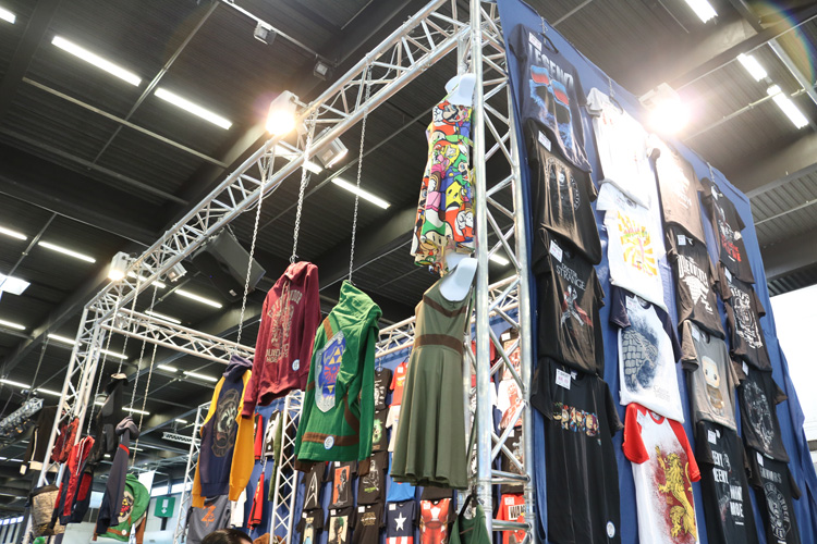 stands-goodies-bordeaux-geek-festival-2017