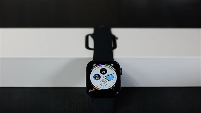 avis unboxing apple watch 4