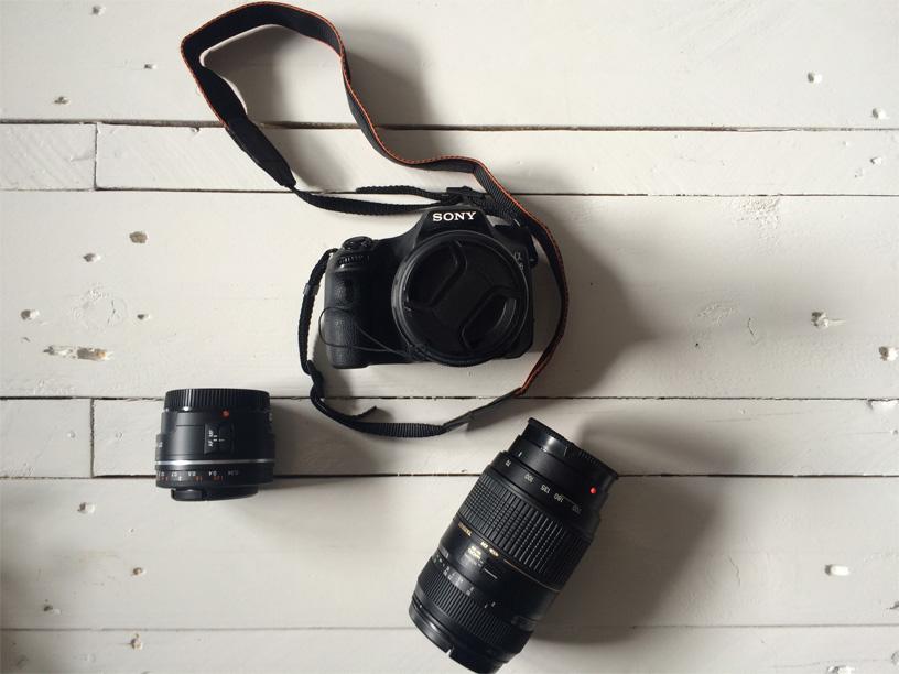 base des objets high-tech en voyage appareil photo