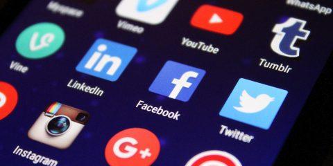 algorithme réseaux sociaux pensent pour nous
